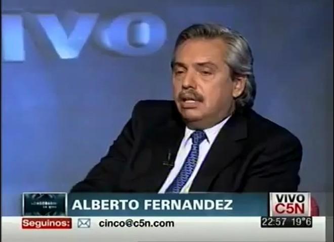 O ex-ministro chefe do Gabinete Civil da Argentina, Alberto Fernández, durante a entrevista censurada ao vivo na TV argentina | Reprodução