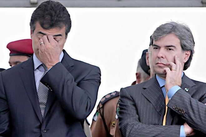 Beto Richa e Almeida César durante evento em que anunciaram mudanças na estrutura da Polícia Civil | Albari Rosa/ Gazeta do Povo