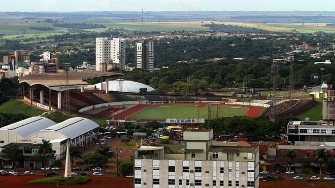 O Estádio Willie Davids, em Maringá, receberá obras para poder sediar eventos nacionais | Daniel Castellano / Agência de Notícias Gazeta do Povo