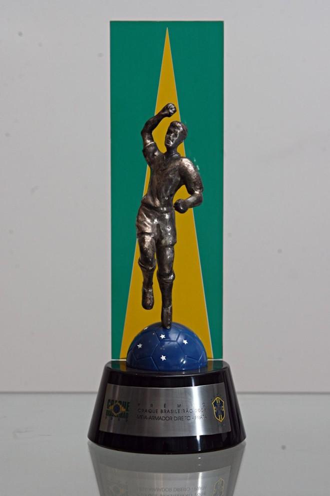 28bc5654185fb ...Craque do Brasileirão entre os meio-campistas