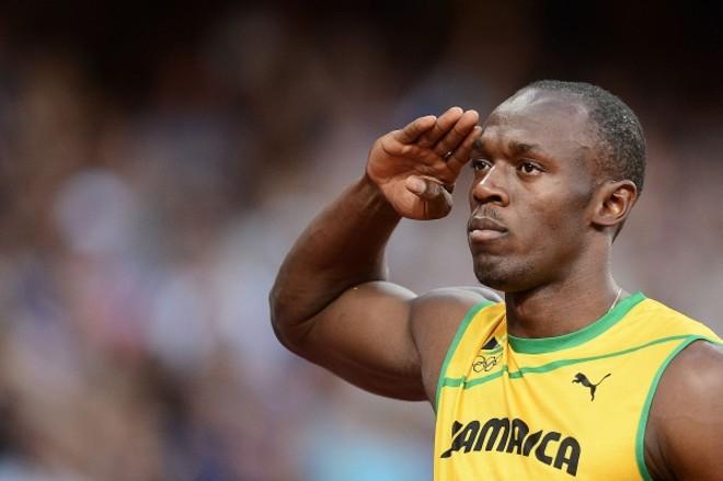Apenas nos 200 m: Usain Bolt (foto) entra novamente em cena hoje. Ele é a atração da etapa de Lausanne da Diamond League. O jamaicano vai correr apenas os 200 m rasos. A longo prazo, Bolt falou ontem que tem planos para o Rio. Ele pretende, no entanto, trocar as provas de velocidade pelos 400 m ou o salto em distância | Franck Fife/ AFP