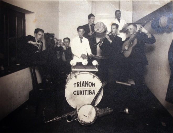 Banda Trianon  