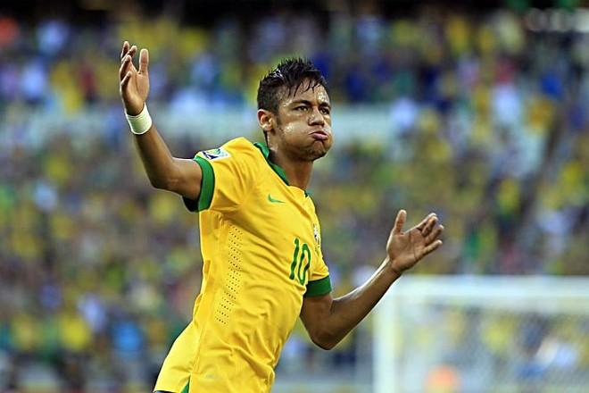Neymar comemora o gol aos 47 do segundo tempo da vitória do Brasil sobre a Argentina | Mowa Press