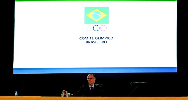 Nuzman discursa após mais uma vitória nas urnas: presidente do COB pelo menos até os Jogos Olímpicos do Rio   Antonio Scorza/ AFP