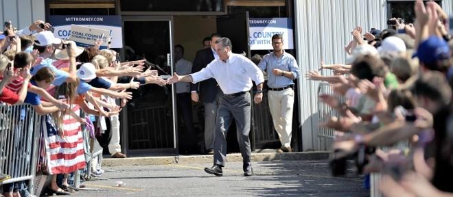 Em Abingdon, no estado da Virgínia, o republicano Romney realiza evento de campanha | Jewel Sawad/AFP