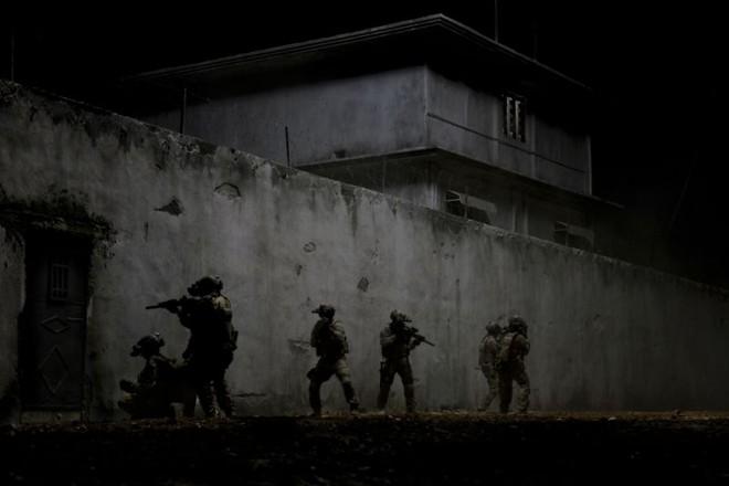 O ainda inédito Zero Dark Thirty, da premiada Kathryn Bigelow, reconstitui a ação militar que localizou e matou Osama Bin Laden no Paquistão | Fotos: Divulgação