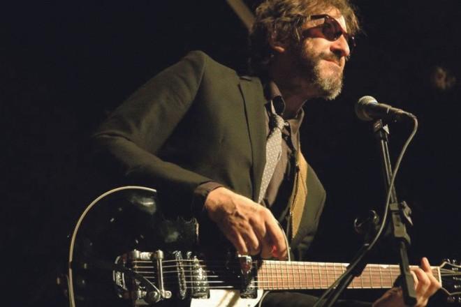 Luiz Thunderbird comando a banda Devotos de Nossa Senhora Aparecida, que lança disco novo em Curitiba | Wellington Ferreira / Divulgação
