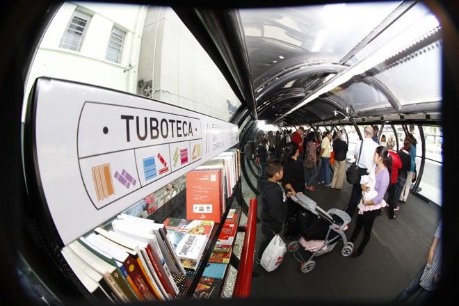 Mais de mil livros estarão disponíveis nas dez Tubotecas, na primeira fase  