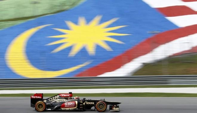 Kimi Raikkonen foi o mais rápido no primeiro dia de atividades da F1 na Malásia | Samsul Said / Reuters
