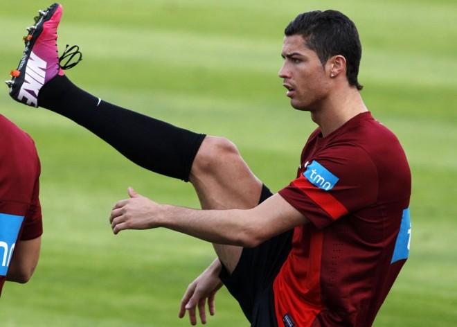 Portugal, de Cristiano Ronaldo, está em situação complicada nas Eliminatórias | Reuters