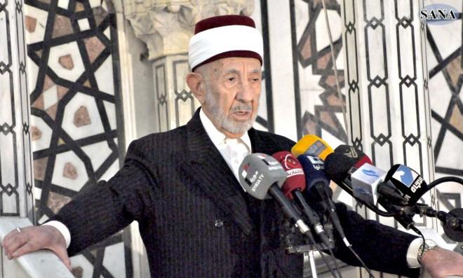 O clérigo Mohammed al-Buti, defensor do governo Assad | Sana/Reuters