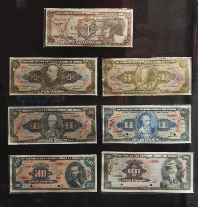 Na primeira troca de moeda do Brasil, durante o governo de Getúlio Vargas, os réis deram lugar ao cruzeiro | Daniel Castellano/Gazeta do Povo