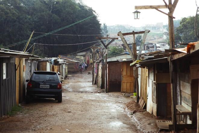 A Ocupação Primavera é uma das mais novas favelas de Curitiba |