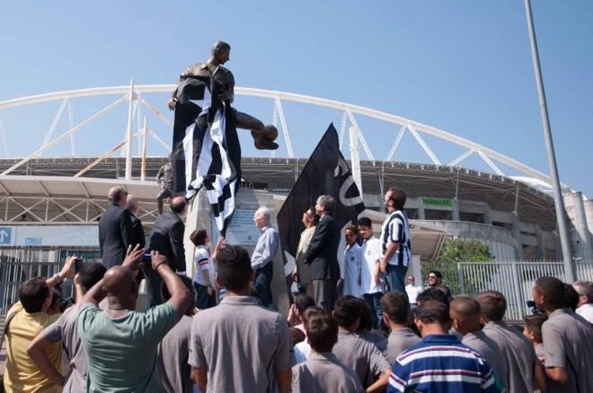 A estátua de Zagallo foi inaugurada nesta terça-feira no Engenhão | Erbs Jr. / Folhapress