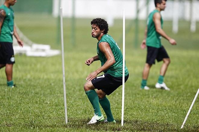 Arthur pode ganhar uma chance no Coritiba diante do Grêmio | Daniel Castellano / Gazeta do Povo