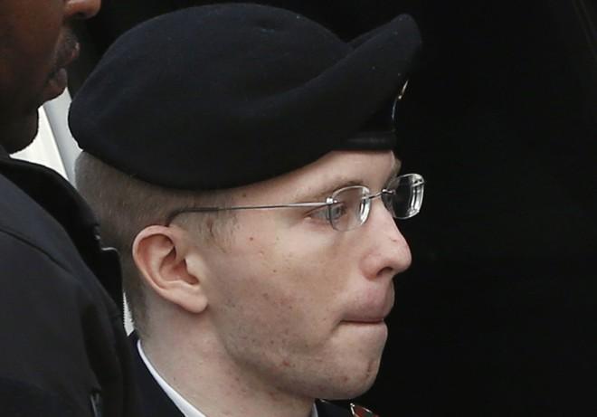 Manning chega para sua audiência de sentença na quarta-feira (21)   Reuters/Kevin Lamarque