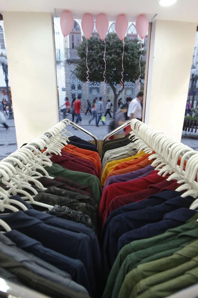 Lojas de roupas lideram o ranking de novos negócios | Daniel Castellano/ Gazeta do Povo