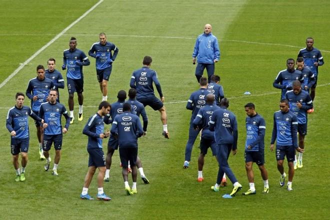 Treino da seleção francesa no Stade de France para o jogo desta terça-feira contra a Finlândia pelas Eliminatórias Europeias | Benoit Tessier / Reuters