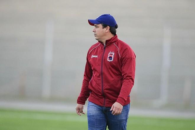 Dado Cavalcanti quer que o Paraná leve para o jogo com o Bragantino a mesma postura do empate com o Ceará | André Rodrigues / Gazeta do Povo