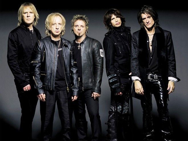 Pela quinta vez no país, a banda, liderada pelo vocalista Steven Tyler e pelo guitarrista Joe Perry se apresenta pela primeira vez em Curitiba   Divulgação