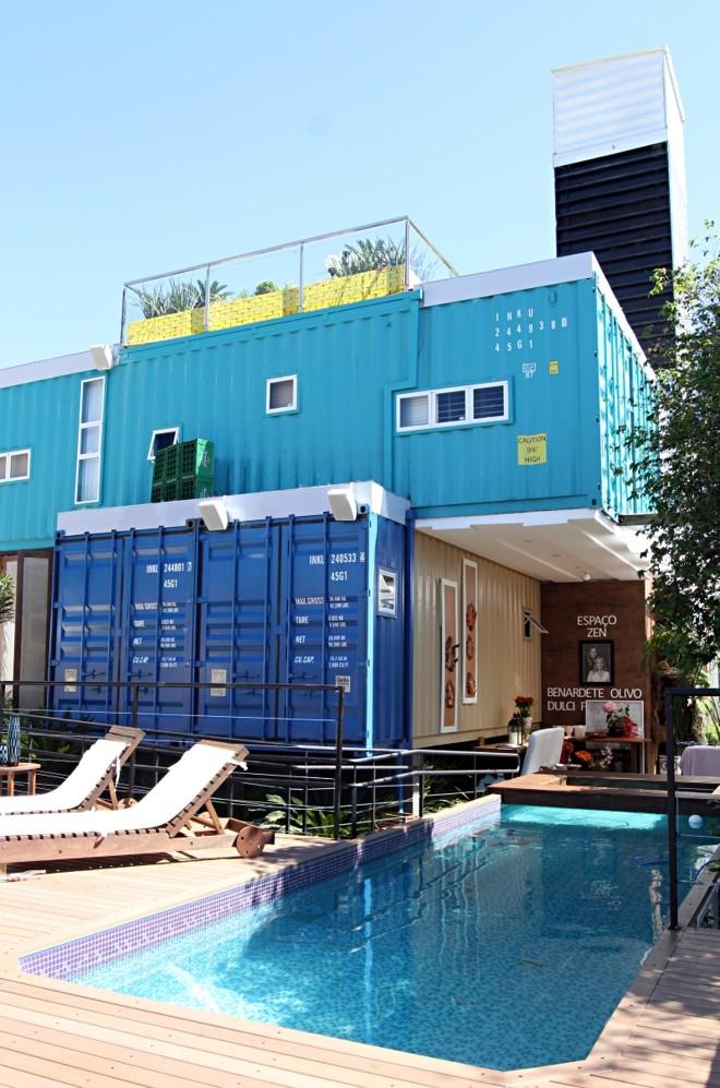 Contêineres formam casa de três pavimentos com áreas externas para lazer | Christian Rizzi/Gazeta do Povo