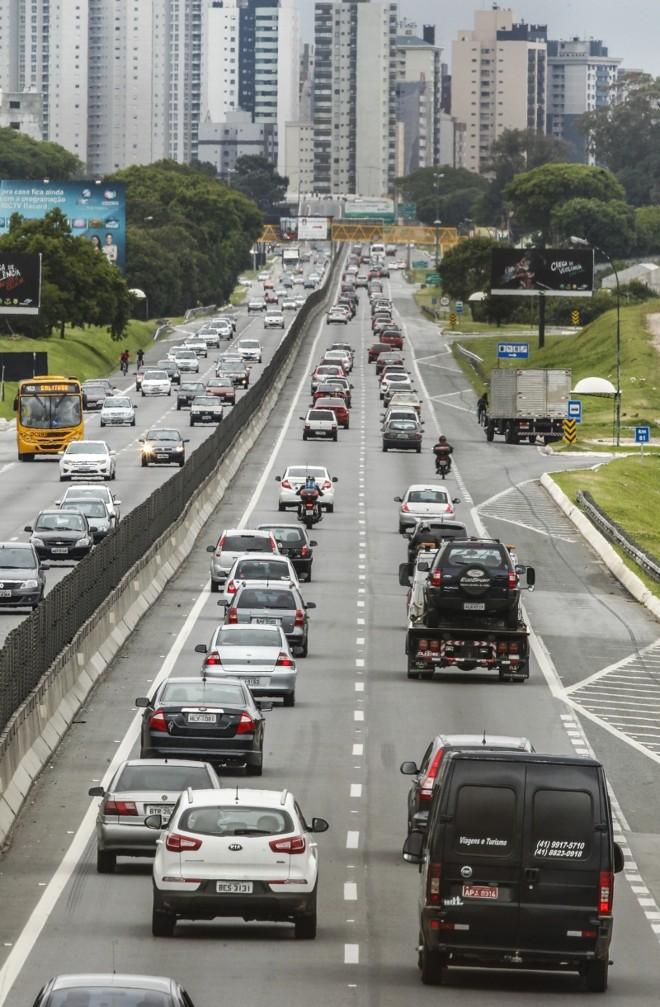 No total, foram 369 acidentes entre quinta e domingo   Hugo Harada/Gazeta do Povo