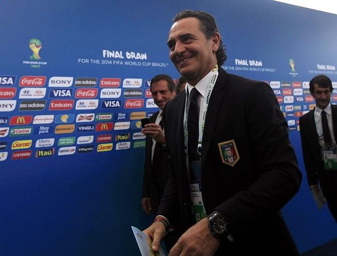 Coube ao técnico Cesare Prandelli definir Mangaratiba (RJ) como a base da Itália na Copa | Ricardo Moraes / Reuters