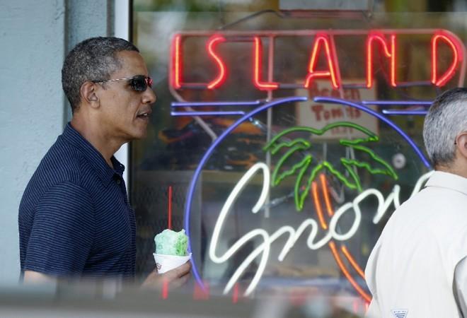Obama aproveita férias no Havaí: programa de saúde, principal bandeira de seu governo, entrou em vigor ontem | Kevin Lamarque/Reuters