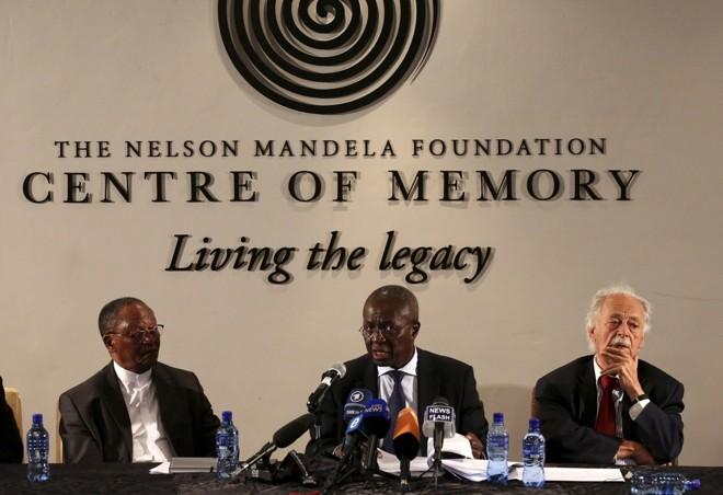 Responsáveis pela abertura do testamento de Nelson Mandela explicam os detalhes do documento | Reuters/Siphiwe Sibeko
