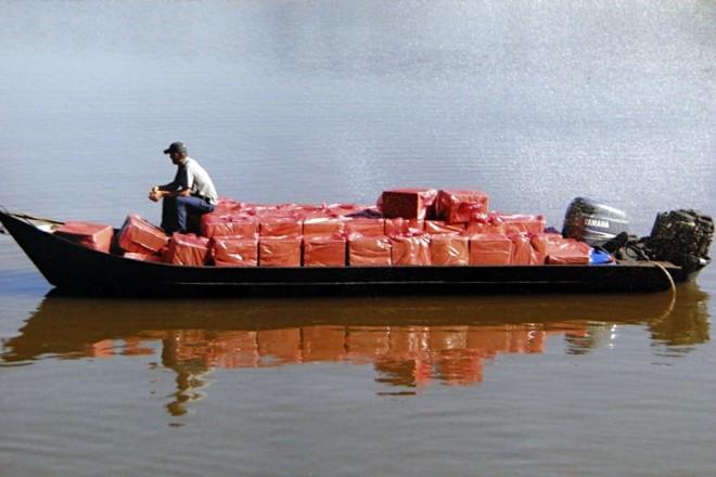 Transporte pelo Rio Paraná é uma das rotas mais usadas | Albari Rosa/ Gazeta do Povo