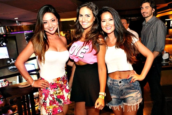 As belas Temilynn Shigutsi (à esq.), Indiara Fernanda (ao centro) e Letícia Dziewulski no