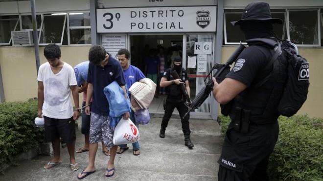 Últimas transferências, no 3.º Distrito Policial, foram realizadas ontem | Alan Costa Pinto/Tribuna