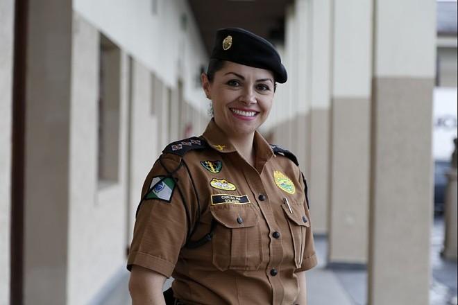 Solange Tedeschi, 38 anos, capitã da Polícia Militar do Paraná |