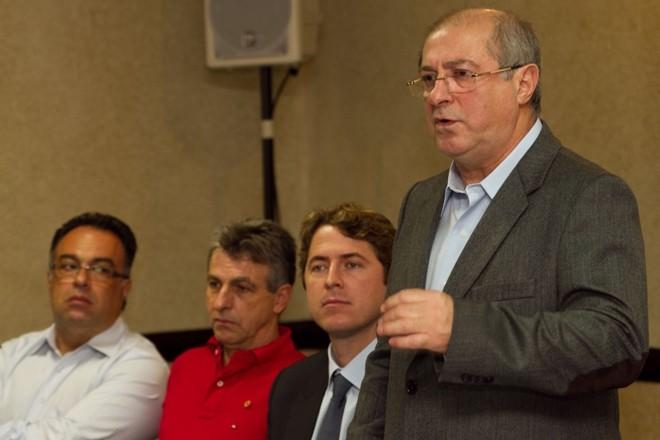 Paulo Bernardo (PT-PR), ministro das Comunicações |