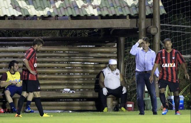Petkovic acredita na vitória do Atlético na Vila Capanema | Daniel Castellano / Gazeta do Povo