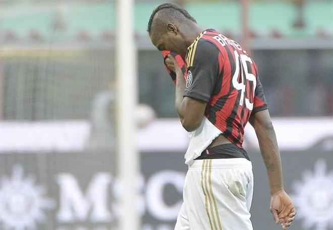 Balotelli lamenta mais uma derrota do Milan no Italiano | Reuters