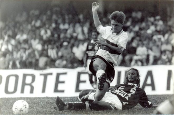 Polaco, autor do segundo gol do Coxa   Arquivo/ GRPCOM