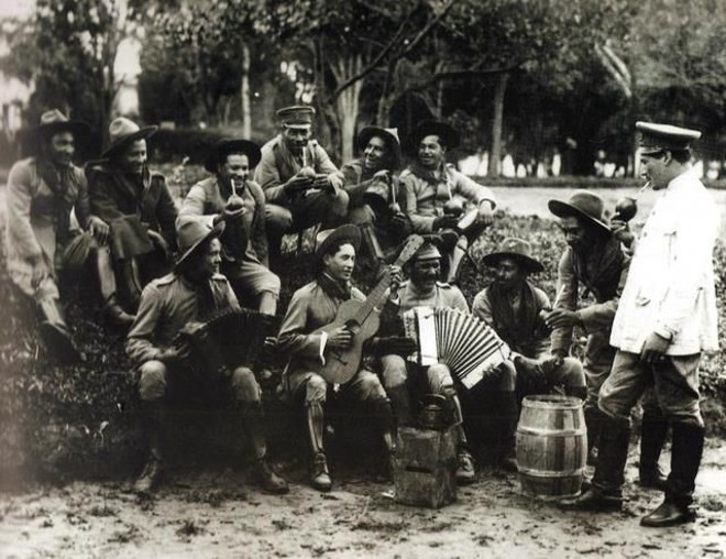 Revolucionários acampados no estado de São Paulo após passarem pelo Paraná |