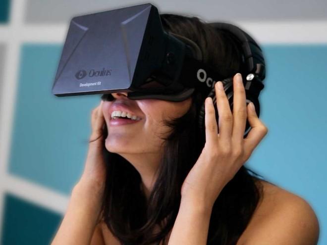 Fabricante de óculos de realidade virtual foi fundada há dois anos e já comercializou 75 mil aparelhos. | Oculus/Divulgação.