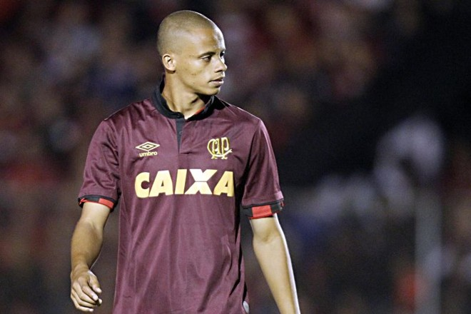 Cleberson falhou nos dois últimos jogos do Atlético | Albari Rosa / Gazeta do Povo