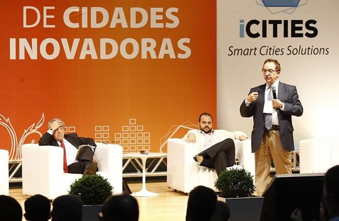 Álvaro de Oliveira falou sobre ações inovadoras em Lisboa | Hugo Harada/ Agência de Notícias Gazeta do Povo