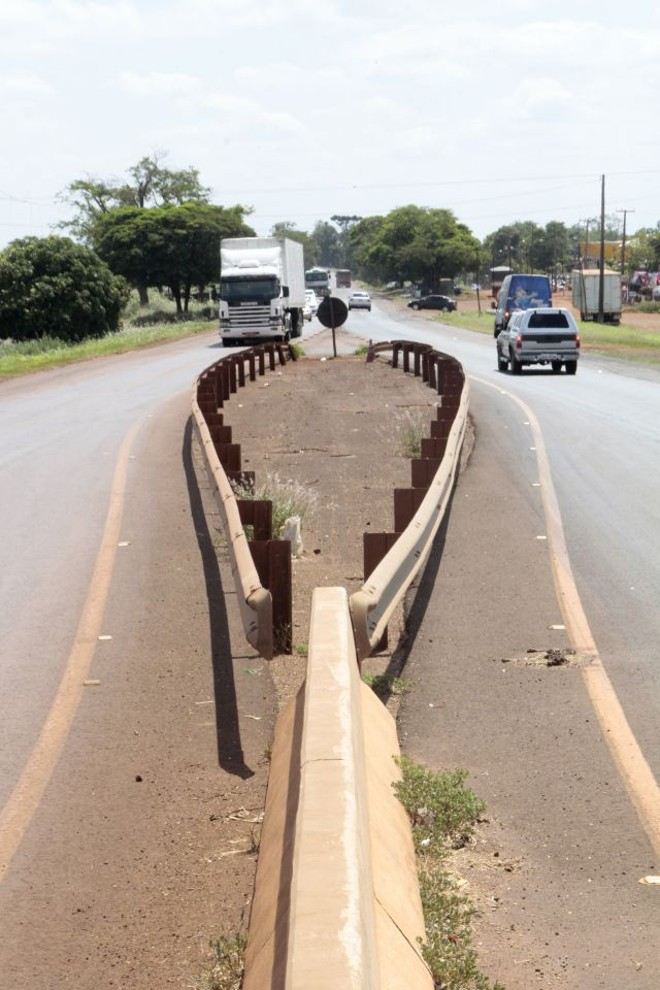 Dos 220 quilômetros de rodovia, 13 estão duplicados. Obra começa em dois meses e vai até 2020 | Ivan Amorin/gazeta Do Povo