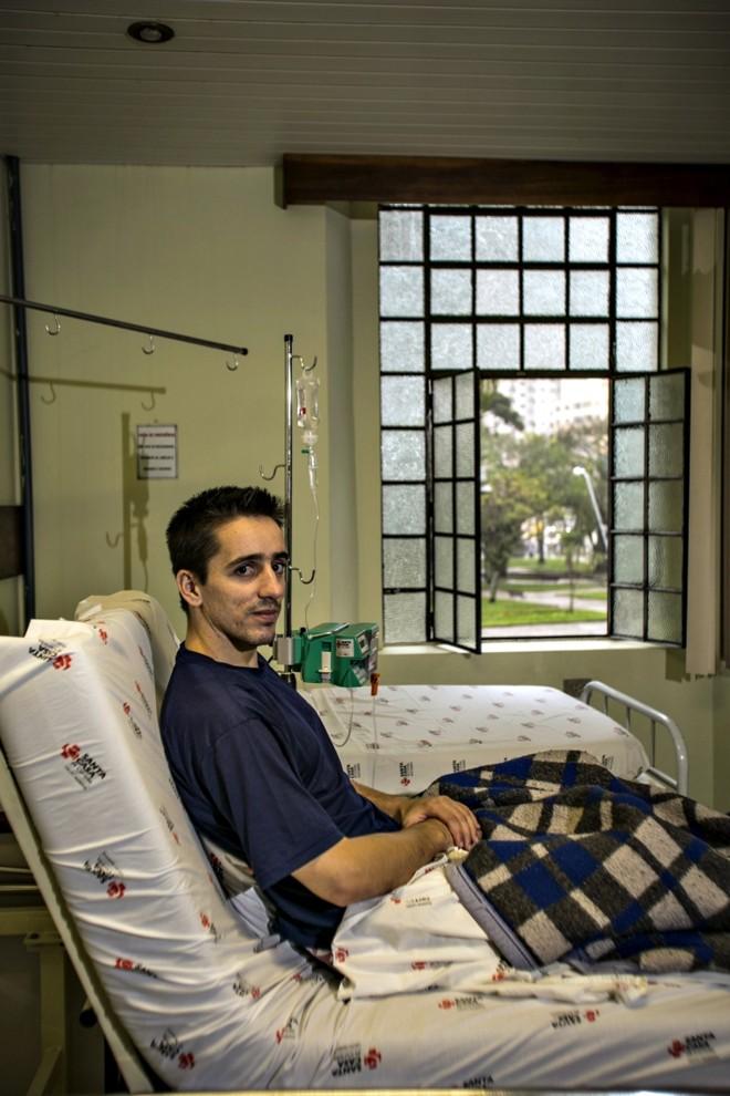 Na Santa Casa, enquanto Bruno Tavares espera fazer um transplante de coração | Marcelo Andrade/Gazeta do Povo
