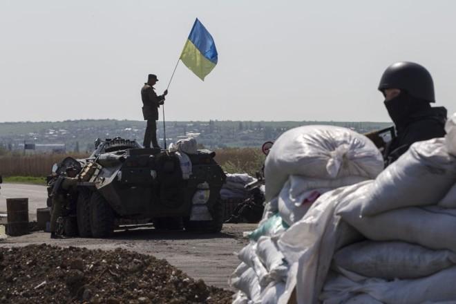 Combates entre forças pró-Rússia e forças ucranianas foram registradas em Slaviansk | REUTERS/Baz Ratner