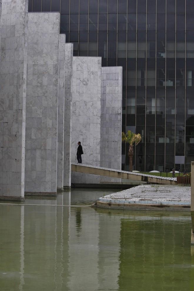 Prédio do Tribunal de Contas: proposta de empresa que apresentou menor preço em licitação foi descartada | Jonathan Campos/ Gazeta do Povo