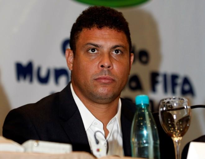 Ronaldo faz parte do comitê organizador da Copa | Henry Milleo / Gazeta do Povo