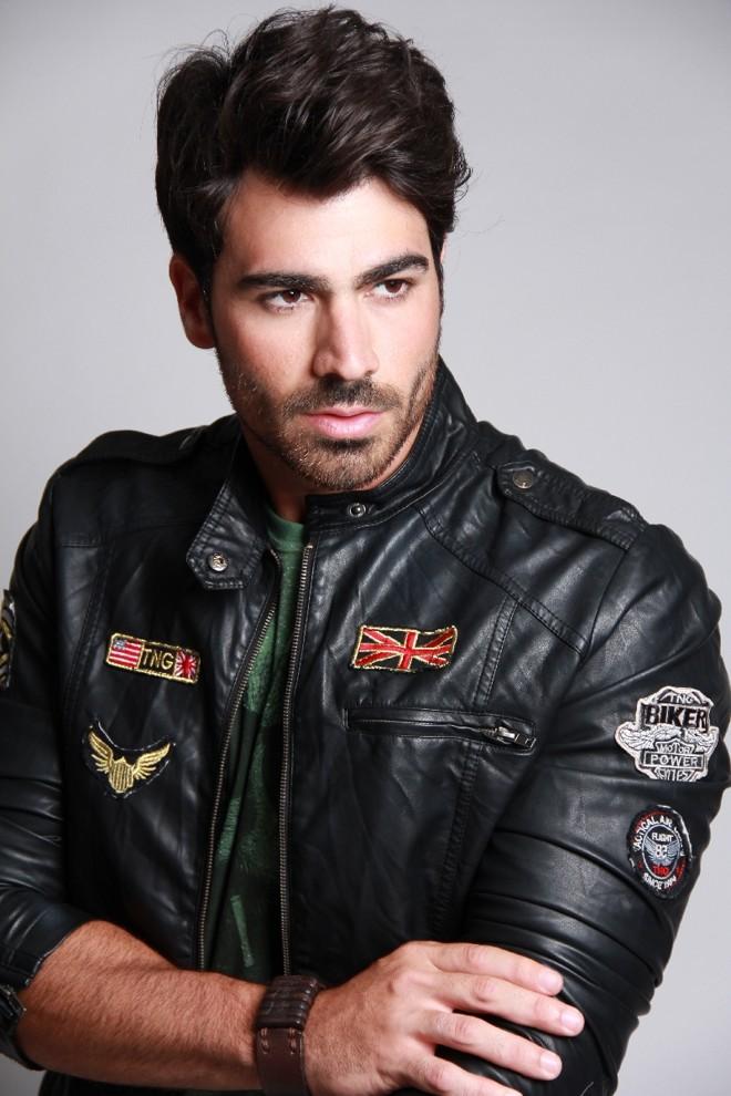Sucesso entre os participantes do BBB 11, o ex-modelo, mister e agora cantor sertanejo Rodrigão se apresenta nesta quarta (30) | Divulgação