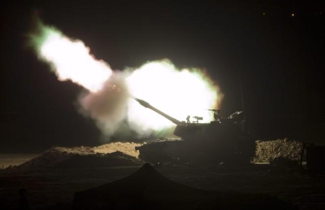 Israel dispara contra a Faixa de Gaza | EFE/JIM HOLLANDER