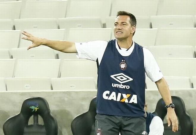 Doriva teve aproveitamento de 45,8% nas oito partidas em que comandou o Atlético | Hugo Harada / Gazeta do Povo