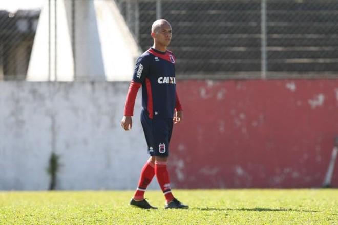 Paulinho, vindo do Londrina, deve estrear pelo Paraná diante do América-RN | Aniele Nascimento / Gazeta do Povo